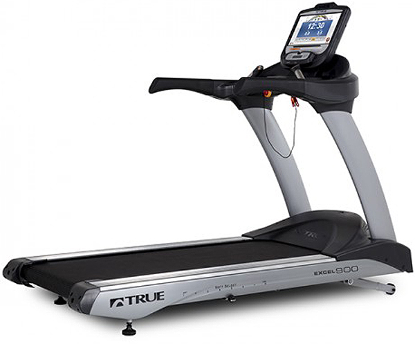 TRUE Excel 900 Treadmill With Transcend16 Console - ES900T16T