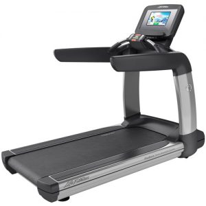Life Fitness Platinum Club Series Treadmill with Discover SI Console